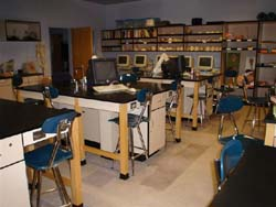 Picture of a lab in the Science building